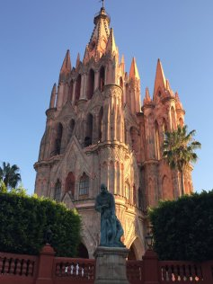 La Parroquia, San Miguel de Alende